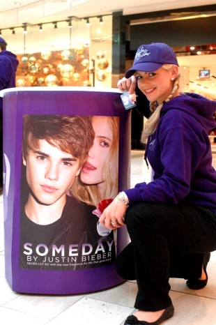 Sampling Bieber Parfume and Posters up and down the country